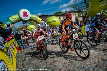 Słoneczne otwarcie sezonu w Warszawie – Skandia Maraton Lang Team