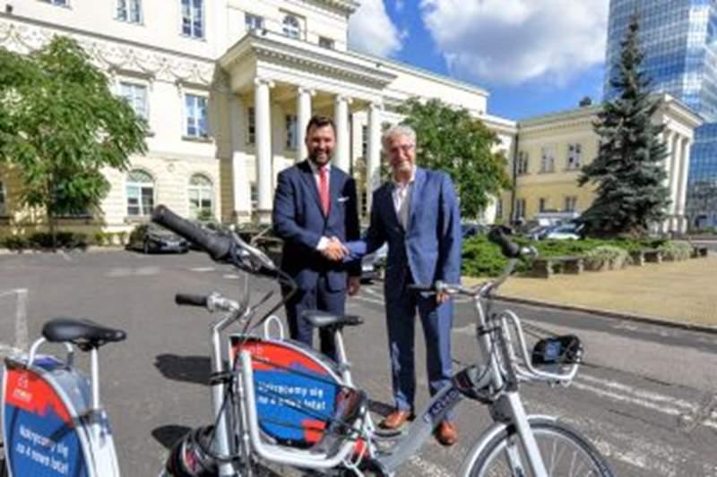 Warszawa: Nowe rowery i terminale