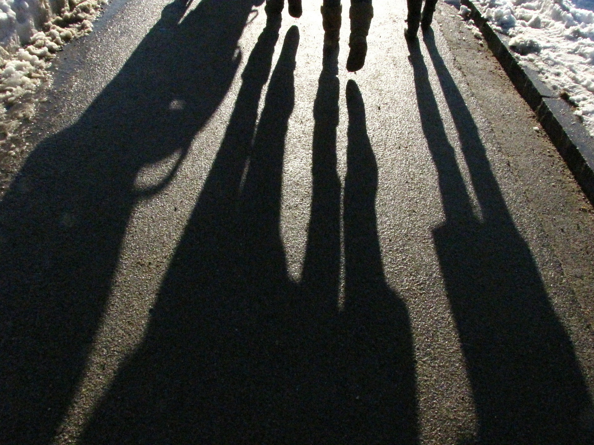 shadows-183121_1920
