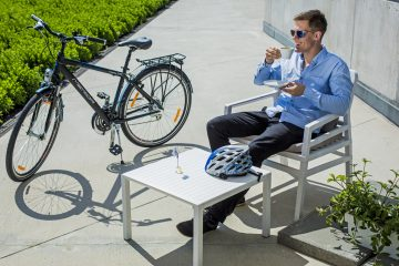Nakręceni kawą – kofeina i rower idą w parze?