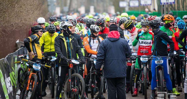 Inauguracja Zimowego Poland Bike Marathon w Kobyłce [FOTO]
