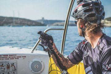 David Cachon rozkręca swoje rowerowe przygody. W najnowszym klipie szaleje na Malcie