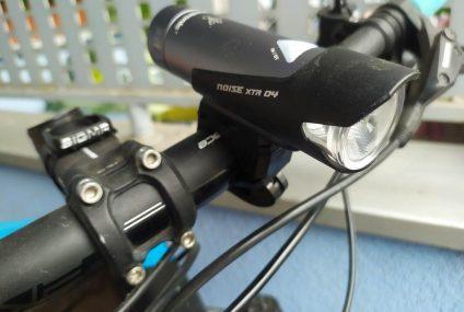 Test przedniej lampy rowerowej Mactronic NOISE XTR 04